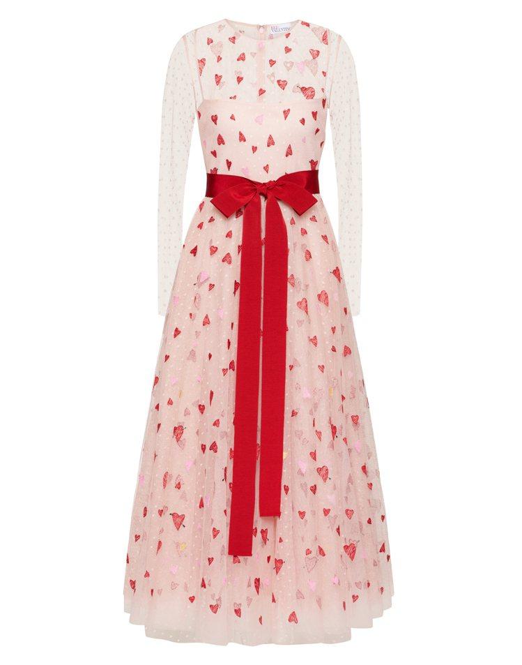 春節節慶系列愛心洋裝,54,800元。圖/REDValentino提供 吳曉涵