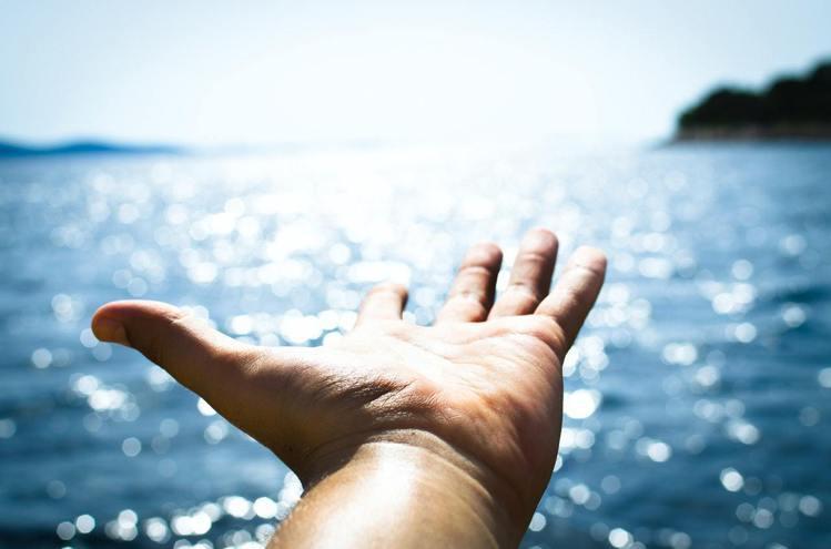 開始懂得轉變生活的雙魚座,運氣也開始好起來。圖/摘自pexels 劉小川