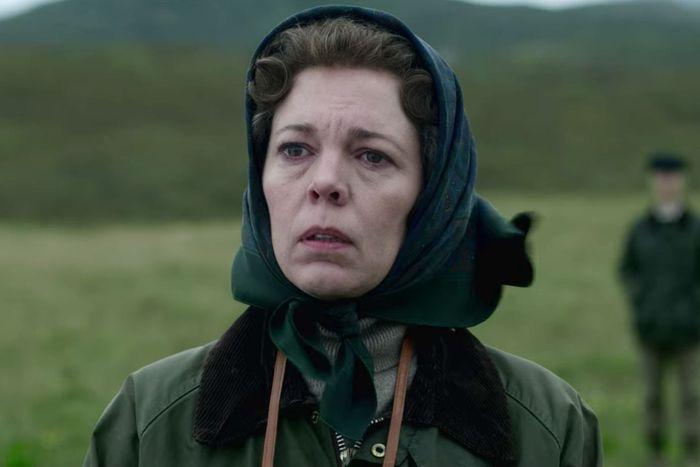 影集《王冠The Crown》中Olivia Colman飾演的伊莉莎白二世女王...