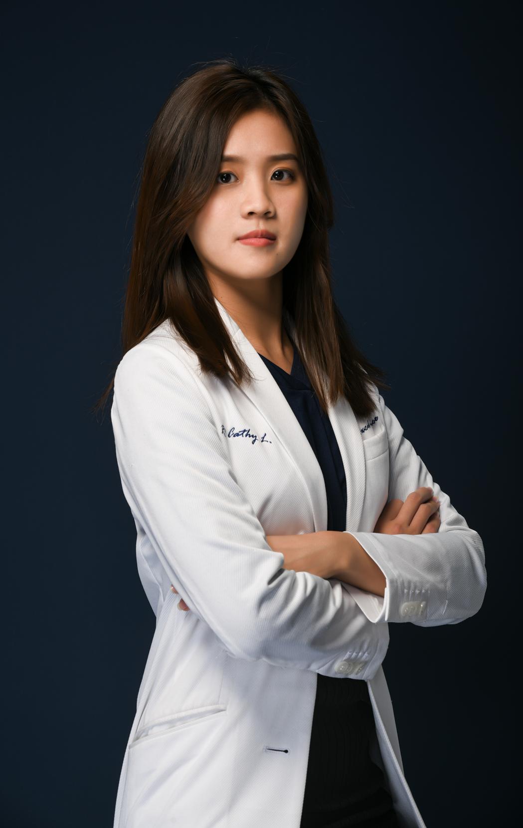 營養師劉馥萱教大家過年怎麼吃才健康。圖/越醫療美學健康管理中心提供