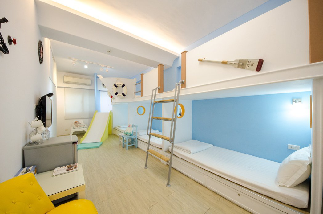 台南市:海軍風親子透天厝。 Airbnb /提供
