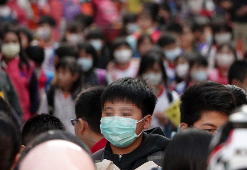 中央流行疫情指揮中心今天宣布,全台高中以下學校延後開學。圖/聯合報系資料照