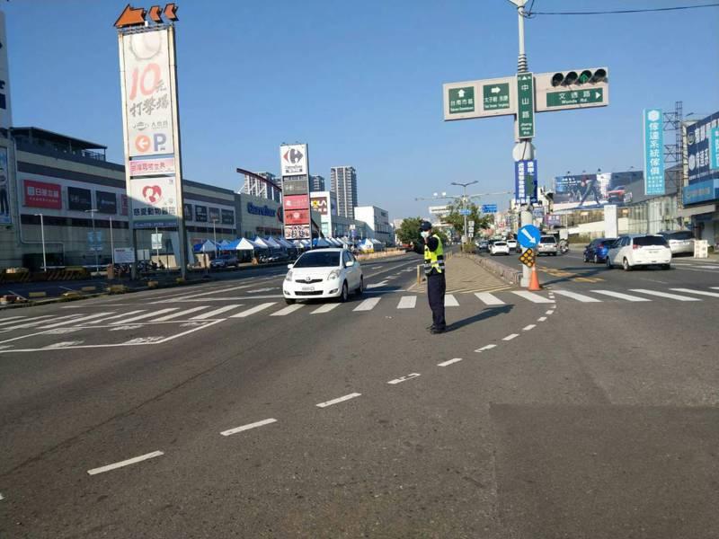 台南市警局自2月9日下午4時起啟動春節連續假期交通疏導措施,並分三重點時段實施。記者邵心杰/翻攝