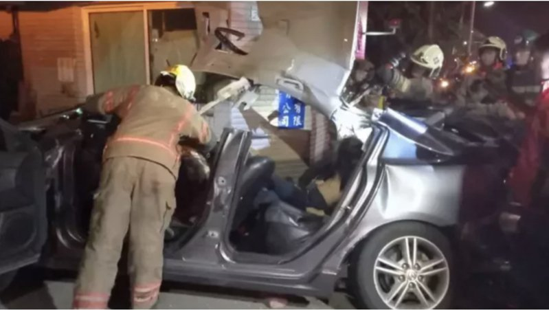 台江大道周一深夜發生6人死亡的重大車禍。圖/本報資料照片