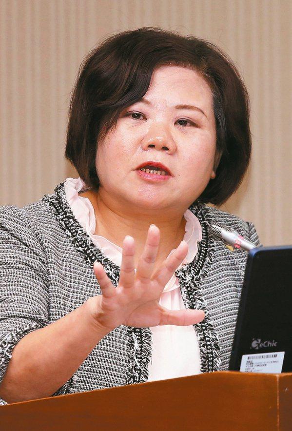 許銘春表示,希望印尼先給實驗室名單,再將名單交給中央流行疫情指揮中心評估。至於協商移工零付費的會議,預計過年後召開。本報資料照片