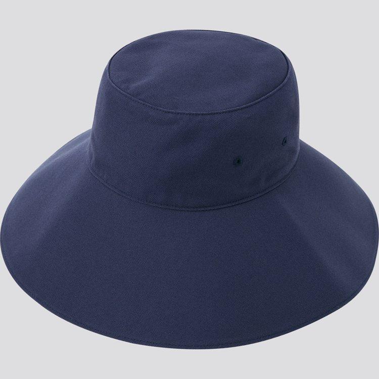 INES DE LA FRESSANGE聯名系列UV寬沿帽790元。圖/UNIQ...