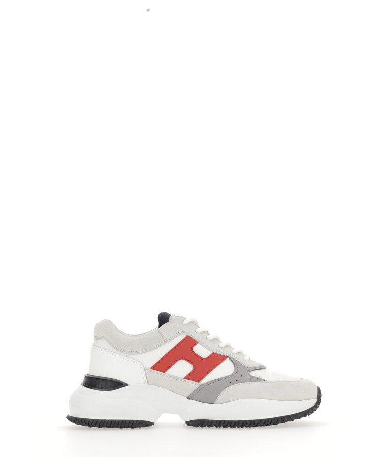 Interaction白色皮革拼接休閒鞋,19,600元。圖/迪生提供