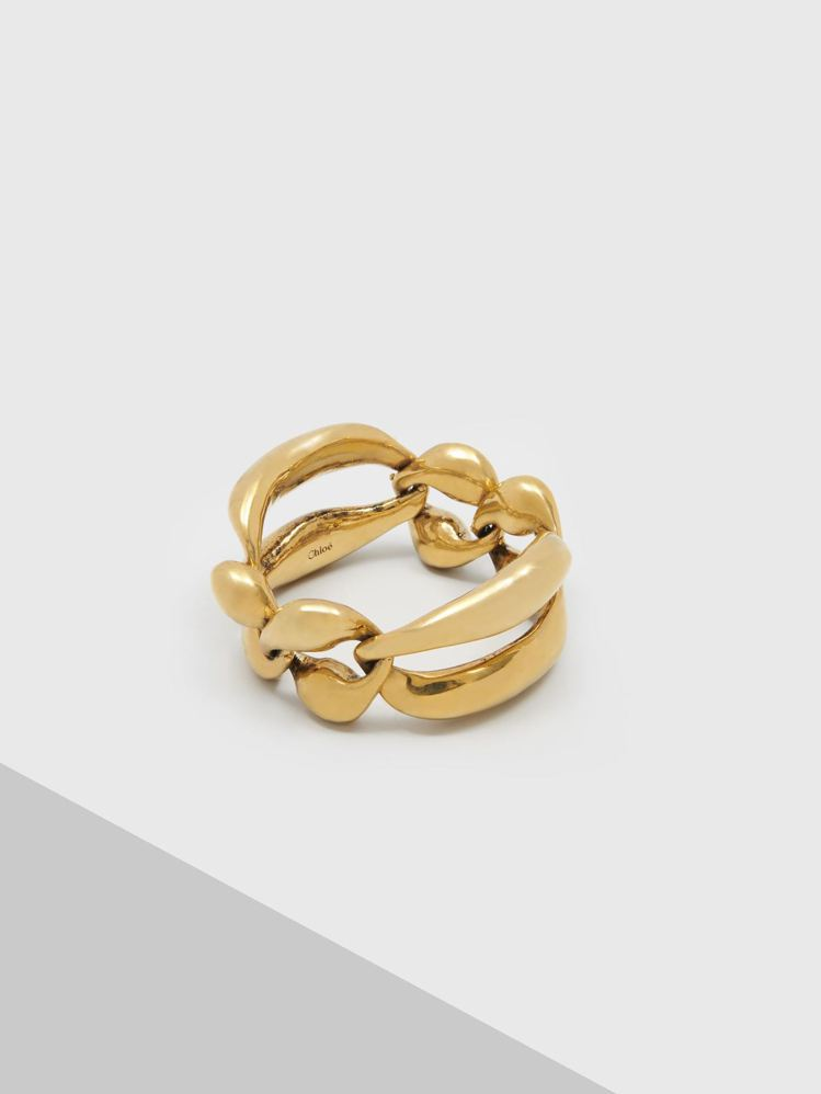 Chloé Trudie唇形手環,18,500元。圖/Chloé 提供
