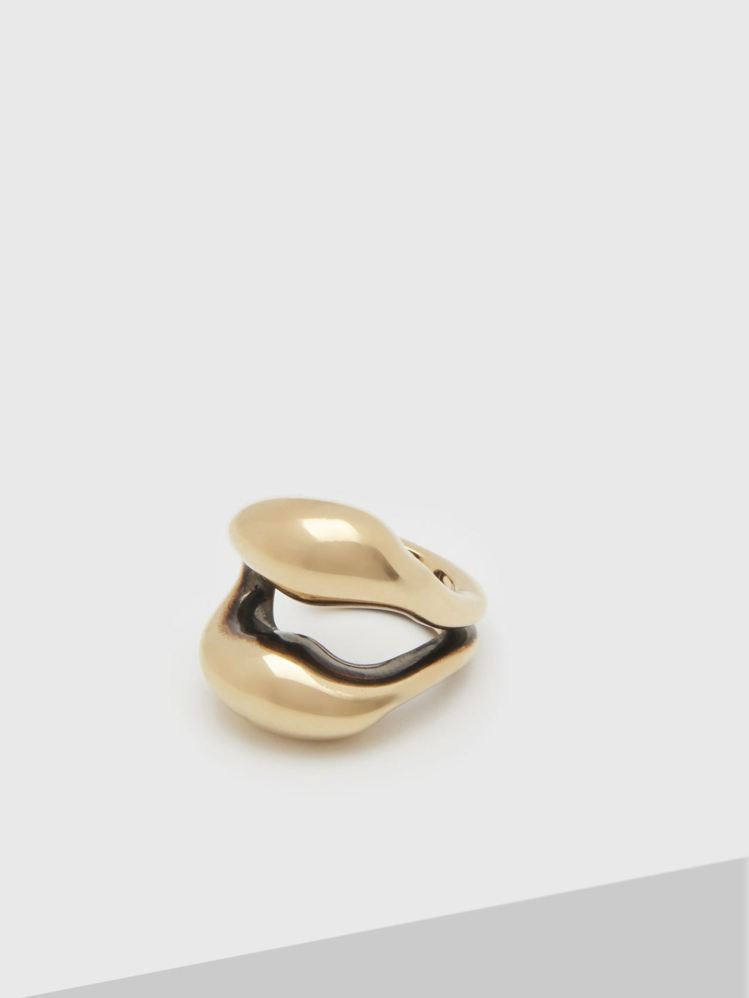 Chloé Trudie唇形戒指,12,400元。圖/Chloé 提供