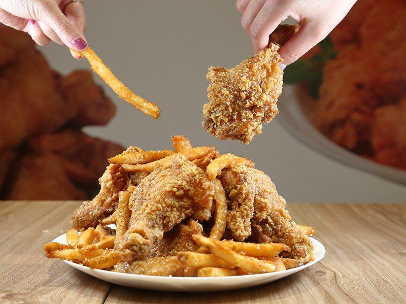 一個速食店炸雞廣告,顯出女性在家庭中做家事最多、回饋卻最少處境。圖為示意圖。圖/聯合報系資料照片