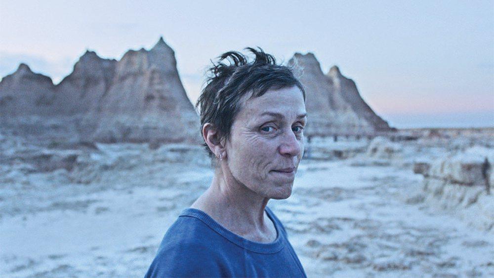 華人導演趙婷執導「遊牧人生」是金球獎大贏家之一。圖/探照燈影業提供