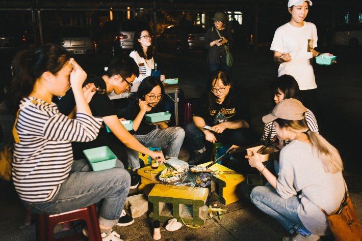 印花樂的員工小旅行,全程自備環保餐具。 圖/印花樂