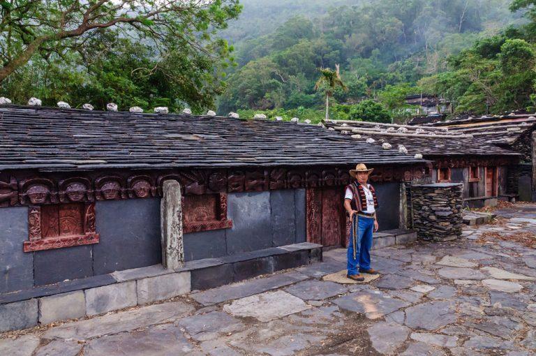 又被稱為失落的天空之城,老七佳是個隱藏在山谷之間的古老部落,是台灣規模最大也是最...