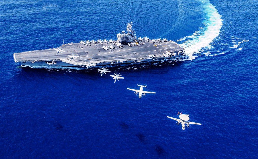 仿照1980年代對抗蘇聯的「前進海洋戰略」,美國海軍從歐巴馬時期開始加強在南海進...