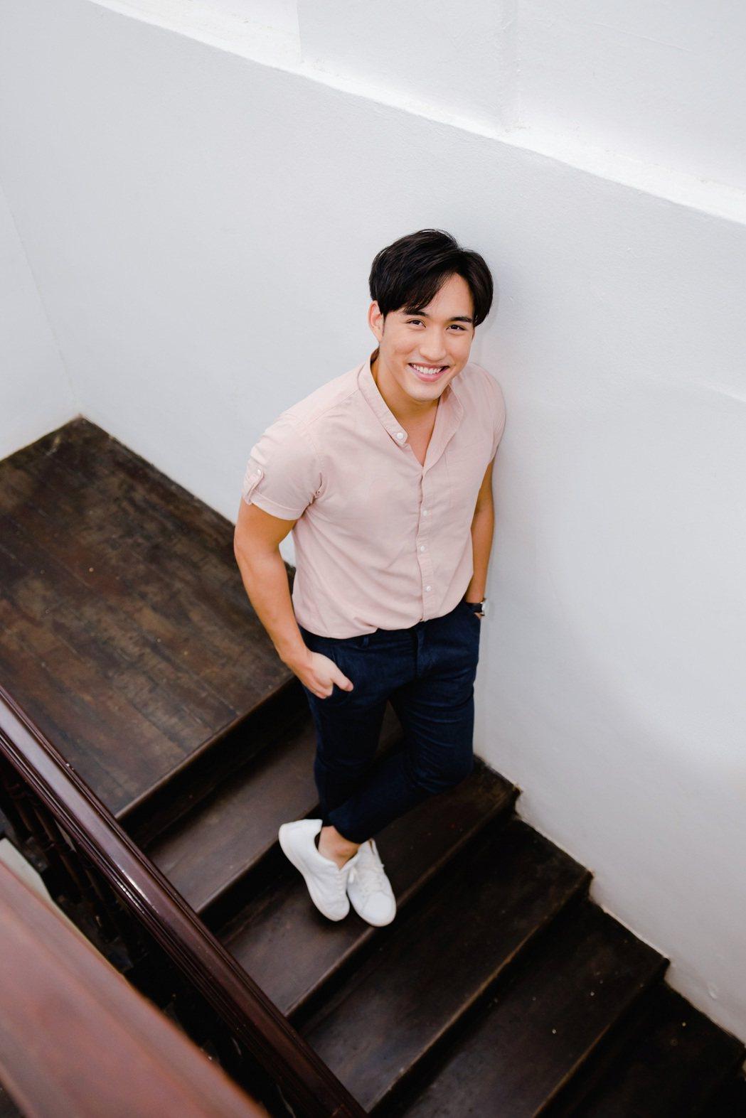 李俊緯為圓歌手夢,放棄年薪百萬的房地產工作。圖/李俊緯提供