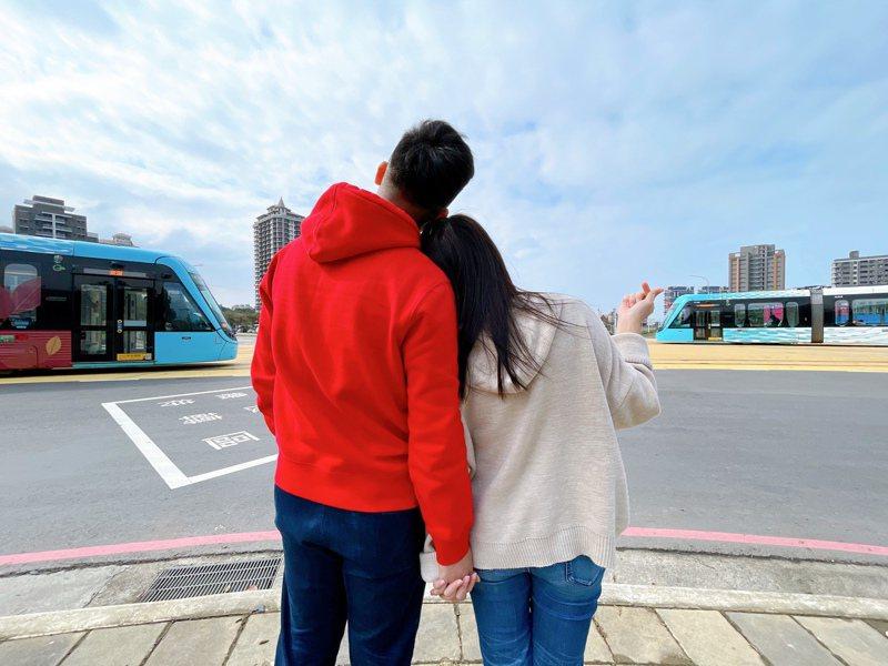 V09濱海沙崙站列車交會畫面。圖/新北捷運公司提供