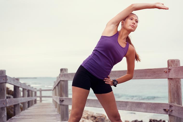 近期,《體育活動與健康》期刊上發表的一項研究顯示,與健步走相比,伸展運動在降低血...