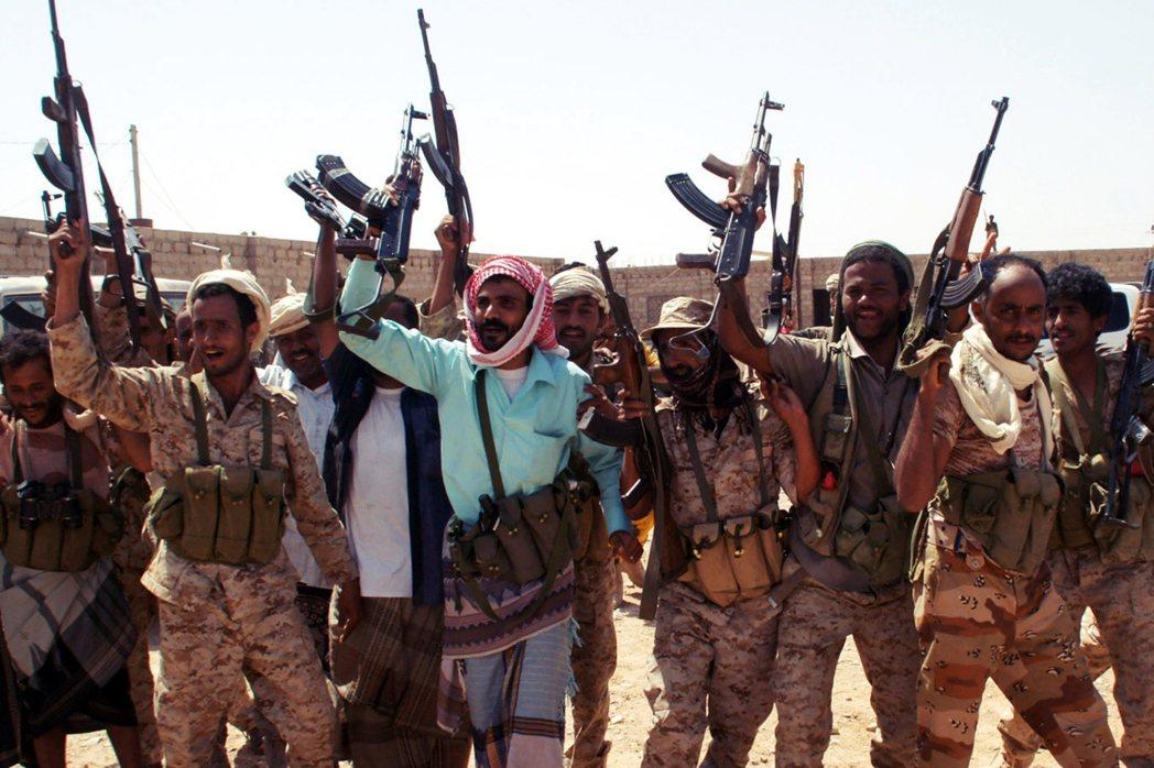 拜登把矛頭指向了派出精銳大軍、大舉進攻葉門胡塞軍,但卻陷入連年苦戰的沙烏地阿拉伯...
