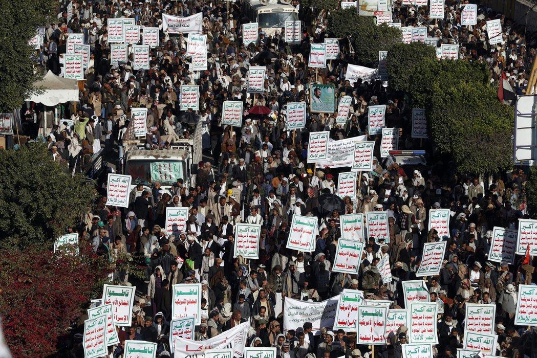 在卸任的最終時刻,川普與國務卿龐佩奧仍爭議性地把葉門的胡塞軍,列入美國認定的「國...