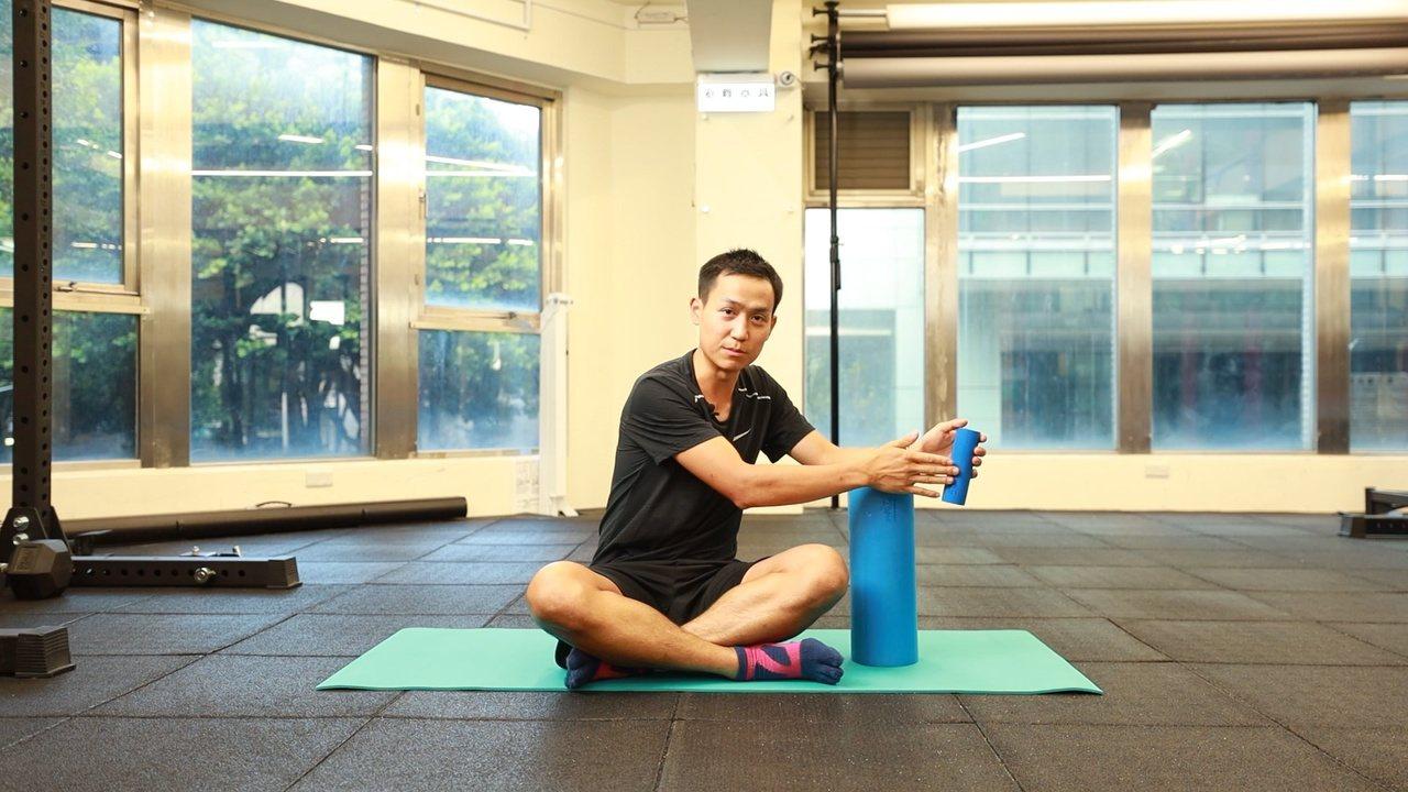不妨試試物理治療師的放鬆4招,在家透過小道具讓筋膜、肌肉恢復彈性,告別不適。