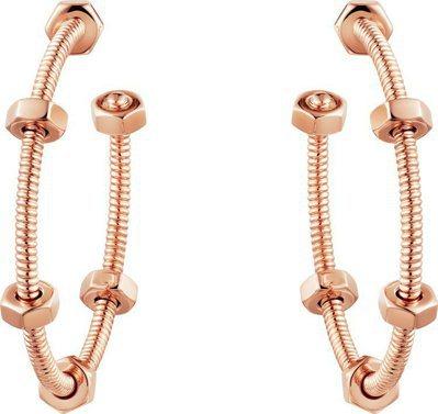 卡地亞ECROU DE CARTIER玫瑰金耳環,15萬3,000元。圖/卡地亞...