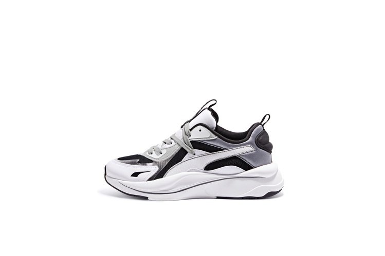 PUMA RS Curve Glow鞋3,980元。圖/PUMA提供
