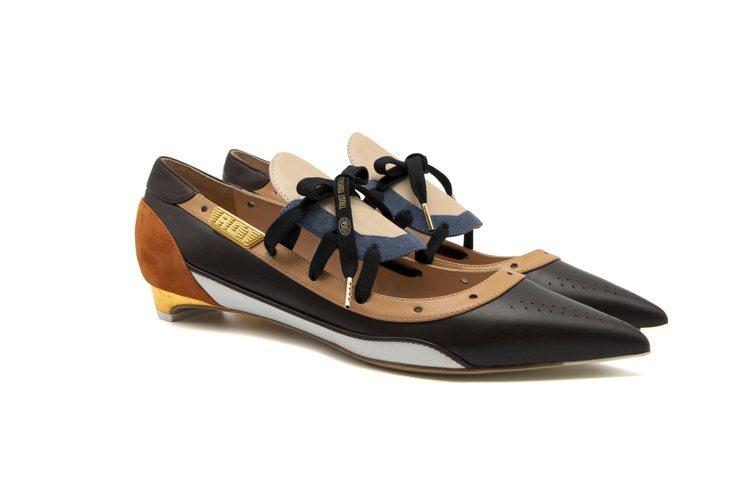 Alke Nella 20 24K Gold平底鞋,35,800元。圖/SAUV...