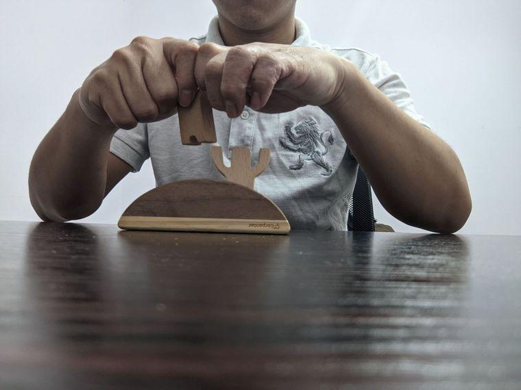EASY不搖平衡疊疊樂遊戲小技巧1患側手的穩定度不佳時,記得可以讓手肘靠...