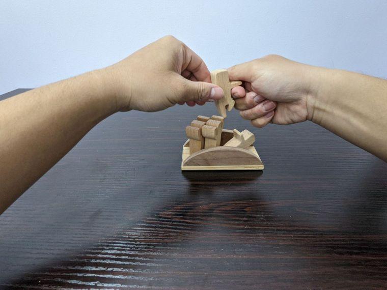 EASY不搖平衡疊疊樂遊戲復健者玩法腦中風患者較簡單的玩法,就是將船隻倒...