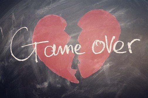 艾莉絲伊凡發布「Game over」心碎圖片,暗示婚姻裂痕已無法癒合,恐只有離異...