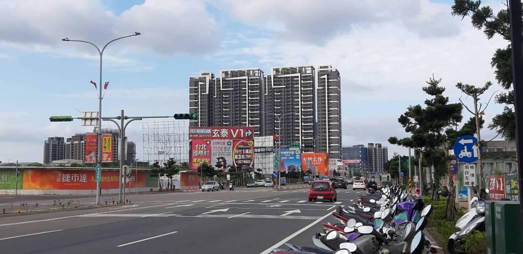 六都住宅去年開工量,以台中市3.1萬戶最多,僅台北市低於1萬戶。記者游智文/攝影