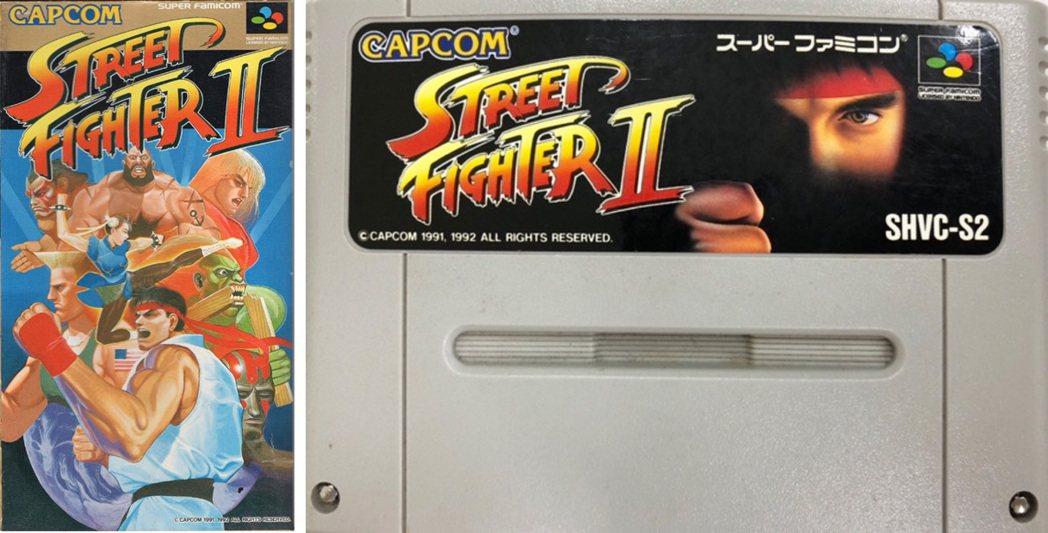 超級任天堂的《快打旋風2》之卡帶彩盒圖案與卡帶的封面圖,該片可說是CAPCOM最...