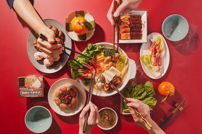 白飯小偷晉升年菜大盜,飯總統92.5%紅雪蟹蟹膏變身奢華蟹味噌。圖/韓國飯總統紅雪蟹蟹膏提供