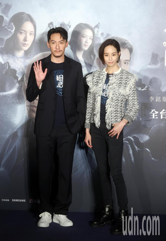 電影「緝魂」男女主角張震(左)、張鈞甯首度合體宣傳。記者曾吉松/攝影