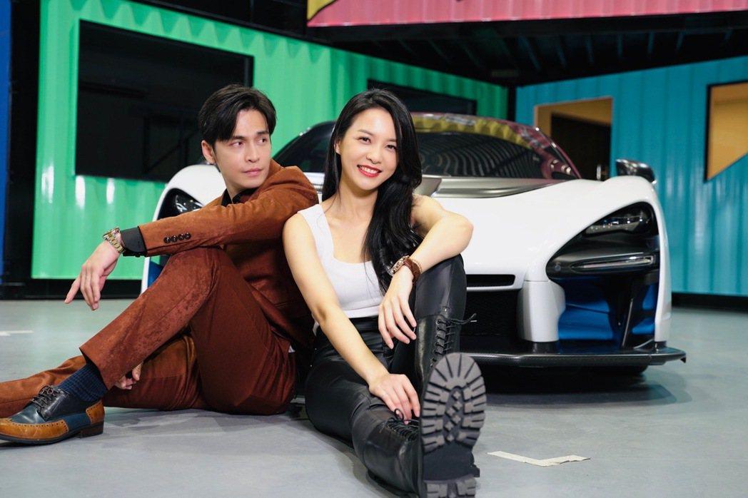 Gino(左)、何蓓蓓「章純CP」戲裡戲外好情誼。圖/林修毅提供