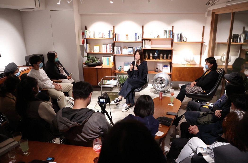 獨角獸計畫創辦人李惠貞以自身經驗與觀點,交融薩古魯的超脫見解分享看法、回答讀者提...