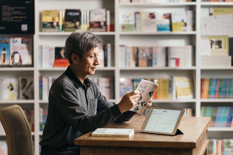 財經譯者林茂昌出過2本專書《我的職業是股東》、《用心於不交易》談股市投資的心得。...