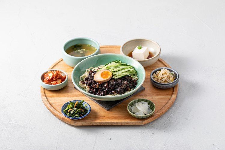 韓姜熙的小廚房主打各款韓式定食。圖/豆府提供