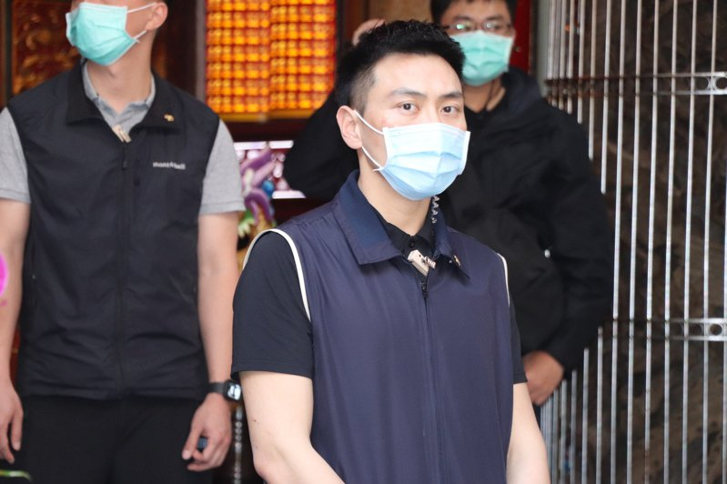 「特勤吳彥祖」林政宏看見記者的相機對準自己時,神情似乎有點訝異。記者吳亮賢/攝影
