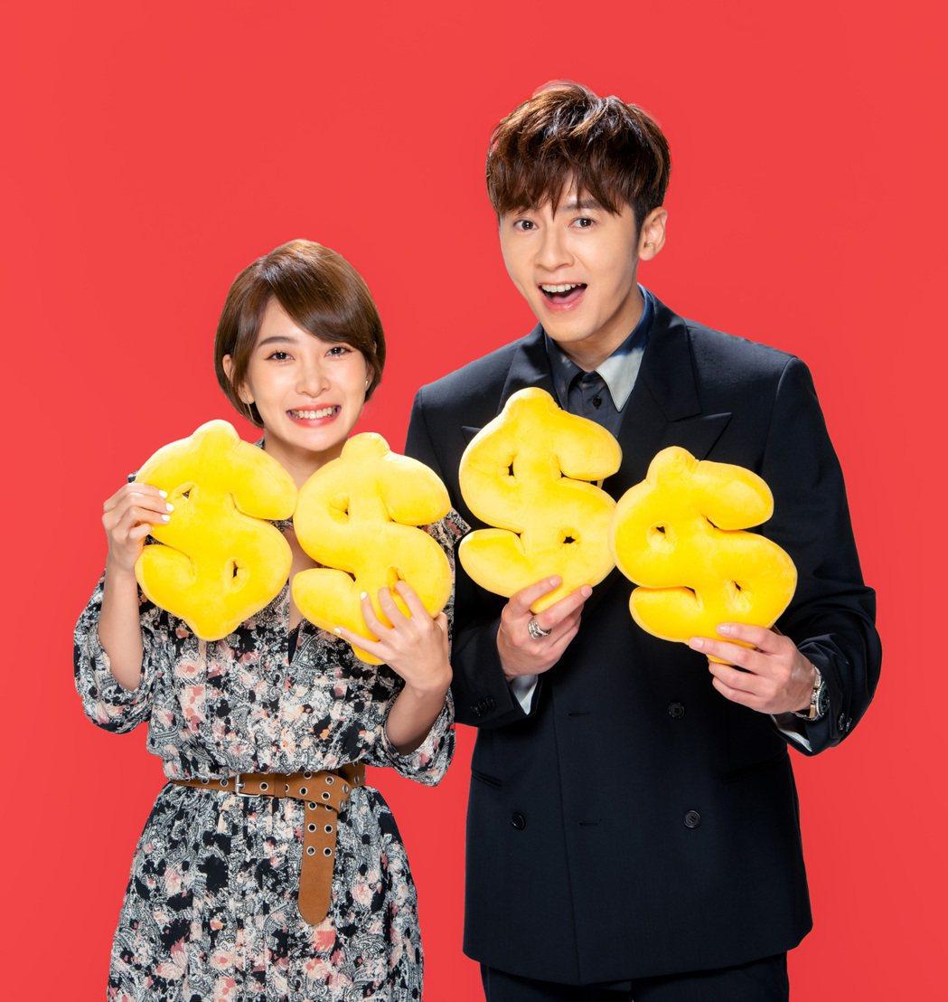 李國毅(右)、李亦捷過年都將好好休假與家人團聚。圖/三立提供