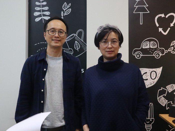 綠好物創辦人林俊佑(左)和周思萍(右)。 攝影/陳妏雅