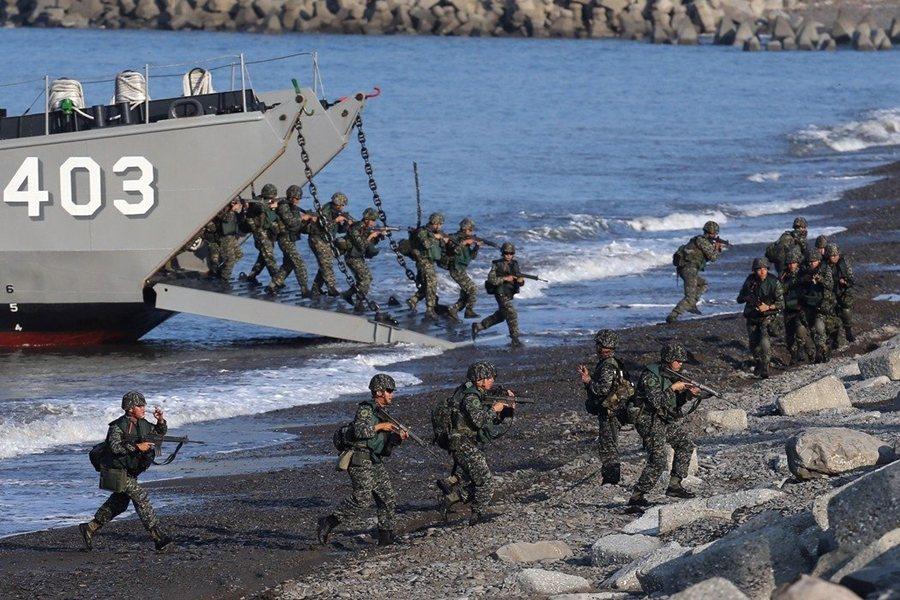 2018年時,國軍落實「濱海決勝、灘岸殲敵」整體防衛構想,並列出10項已具備或待建構的「不對稱戰力」清單。 圖/國防部