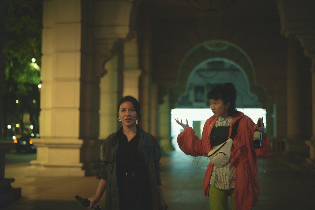 艾怡良和9m88首次參與電影演出,片中角色個性相左。 圖/華納兄弟提供