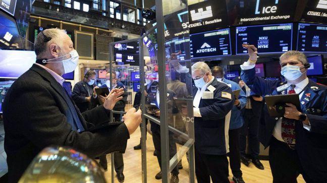 過去半年來美股漲勢凌厲,引發價位過高的憂慮,泡沫警告聲也不絕於耳。美聯社