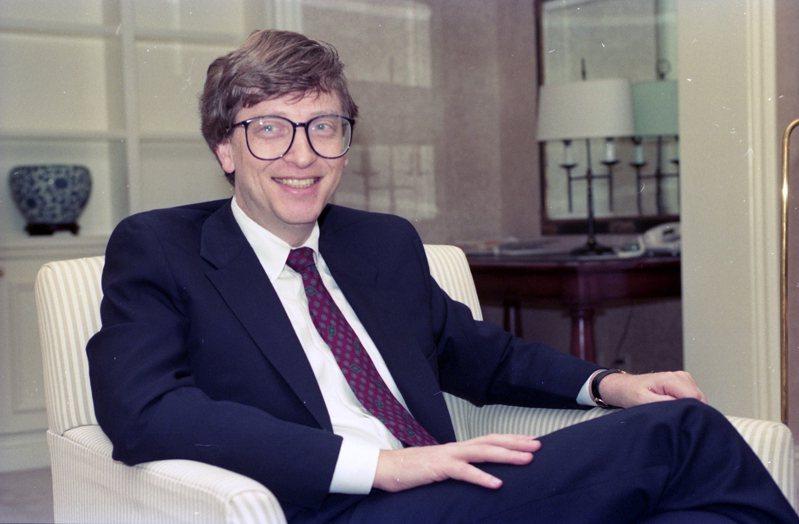 美國微軟公司董事長兼創辦人比爾蓋玆來台訪問,與國內知名電腦界會面,討論全球電腦科技之軟硬體發展趨勢。圖/聯合報系資料照片