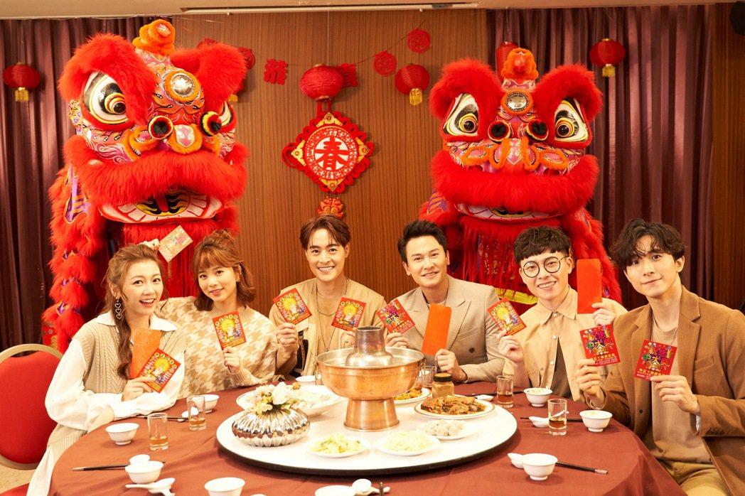 林芷芸(由左至右)、王上菲、朱宇謀、王建復、游小白、張瀚元都因演出「女力報到」名