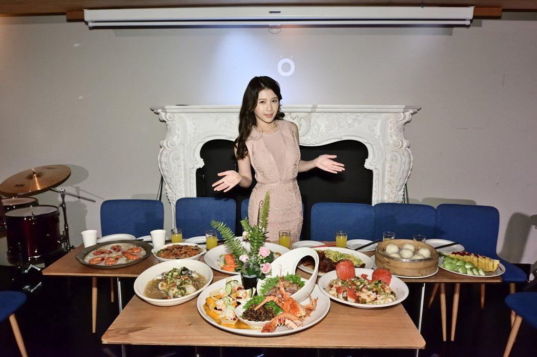 雞排妹每年都為紅心字會募集年菜助力。圖/紅心字會提供