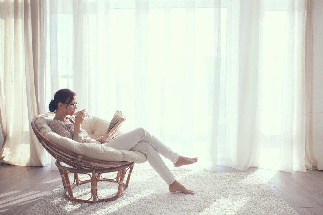 「宅居」時代的來臨,21世紀不動產分享居家空間質感提升的小秘訣。 圖/21世紀不...
