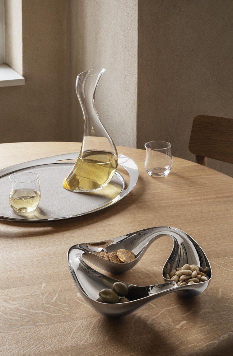 喬治傑生COBRA系列鏡面拋光不銹鋼點心碗,4,500元。圖/喬治傑生提供 孫曼