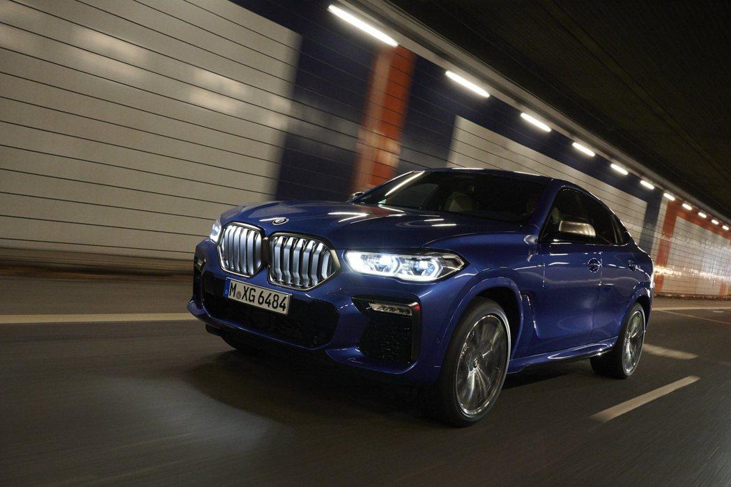 2020年BMW共售出2,028,659輛,與前一年相比衰退了7.2%。 摘自B...